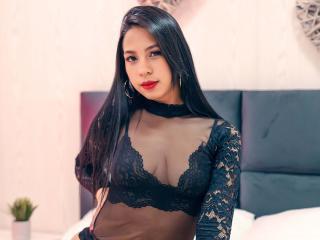 Webcam model TaniaFoster from XLoveCam