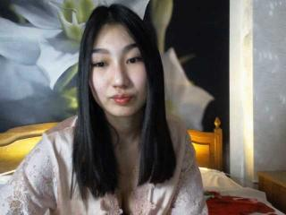 Webcam model TinaNiksy from XLoveCam