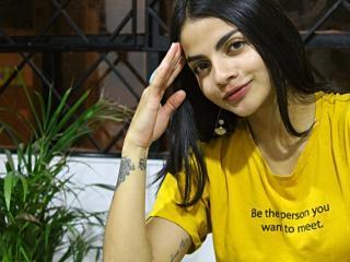 Webcam model VickyAndLuke from XLoveCam