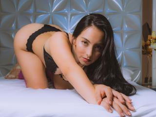 Webcam model VictoriaRuso from XLoveCam