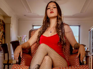 Webcam model VioletDumontt from XLoveCam