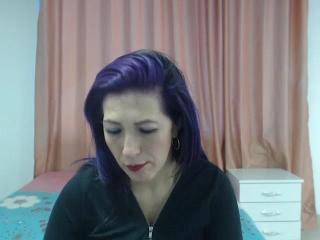 Webcam model VioletLadyForU from XLoveCam