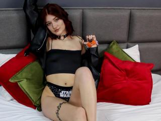 Webcam model VioletWheeler from XLoveCam