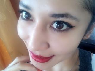 Webcam model VioletaLight from XLoveCam