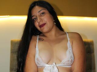 Webcam model ViolettaSmit from XLoveCam