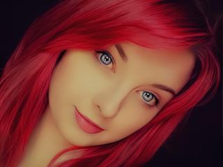 Webcam model VirginLuna from XLoveCam
