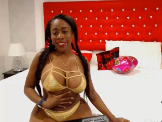 Webcam model WanddaOne from XLoveCam