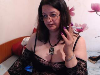 WildyMature: Live Cam Show