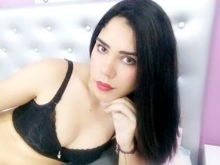 Webcam model YasiraRouseeX from XLoveCam