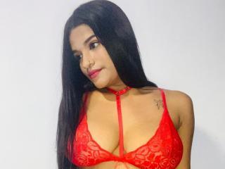 Webcam model HotSexyGirls from XLoveCam