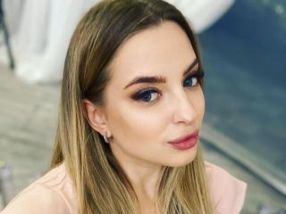 Webcam model MilaSensuale from XLoveCam