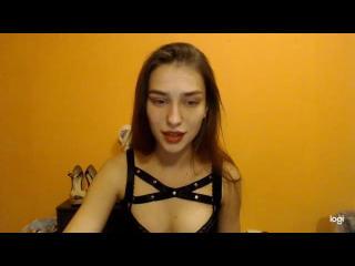 Webcam model LilyanBrich from XLoveCam