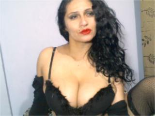 Webcam model HotSexyIsa from XLoveCam
