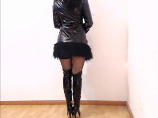 Webcam model LovelyDream from XLoveCam