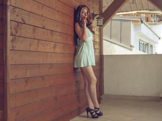 Webcam model MaryJaneLoved from XLoveCam