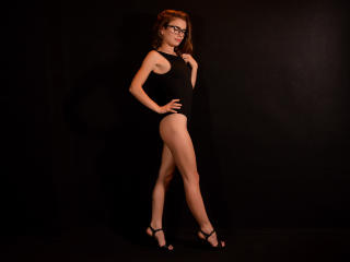 Webcam model SassyOtilia from XLoveCam