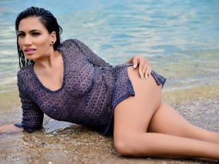 Webcam model DeniseTaylor from XLoveCam