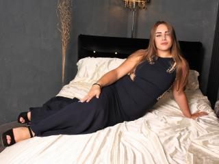 Webcam model MelissaTender from XLoveCam