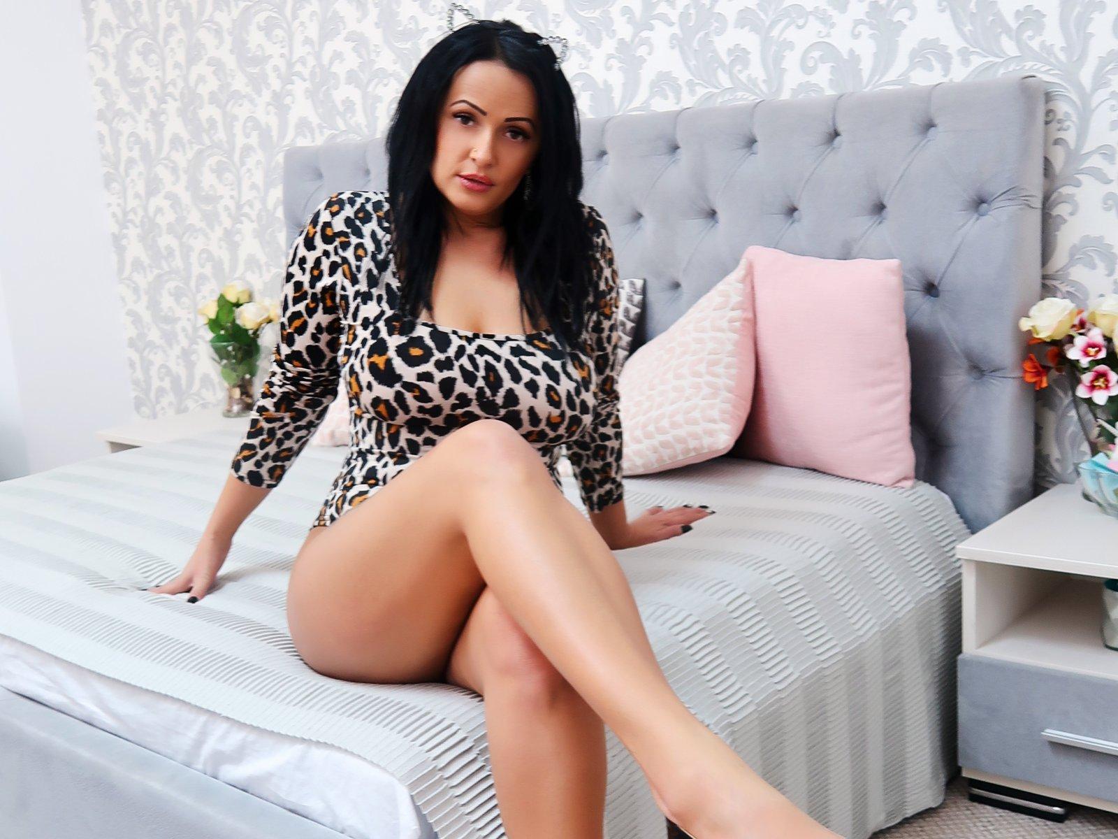 live-sexy-women