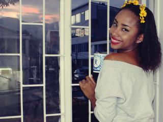 Webcam model WhitneyAnnel from XLoveCam