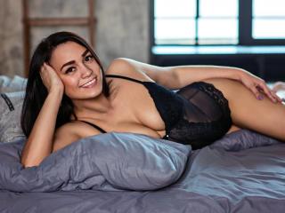 Webcam model ChantalLovely from XLoveCam