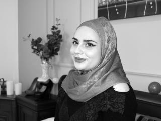 Webcam model Reeyna from XLoveCam