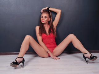 Webcam model KellyReid from XLoveCam