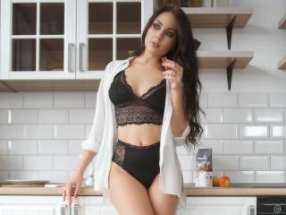 Webcam model NinaTender from XLoveCam