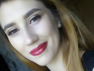 Webcam model AshleyXBabe from XLoveCam