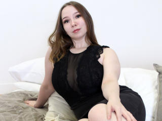 Webcam model LafBerry from XLoveCam