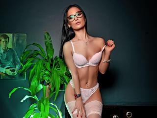Webcam model LexyAngell from XLoveCam