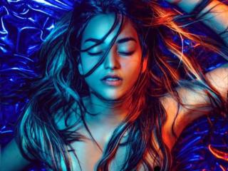 Webcam model NatashaStevensX from XLoveCam
