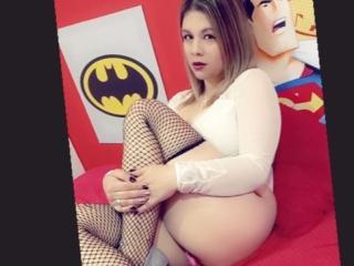 Webcam model SweetKassandra from XLoveCam