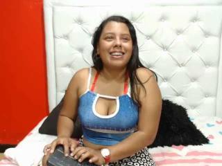 Webcam model RousseHamilton from XLoveCam