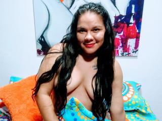 Webcam model Evangelinewet from XLoveCam