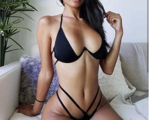 Webcam model CandyFontaine from XLoveCam