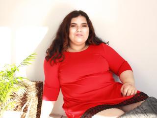 Webcam model MerianAbbott from XLoveCam