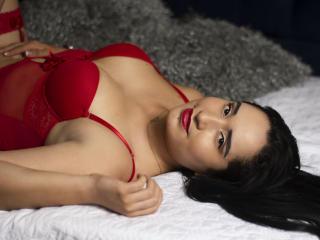 Webcam model SashaVega from XLoveCam