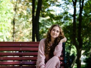 Webcam model TeresaBrooks from XLoveCam