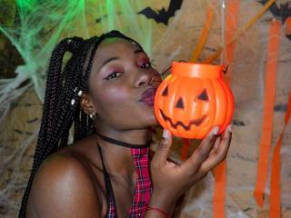 Webcam model EmilyJackson from XLoveCam