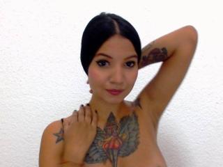 Webcam model TesaliaHotLove from XLoveCam