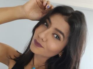 Webcam model TamaraGrey from XLoveCam