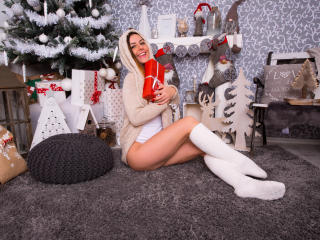 Webcam model JessiccaDolly from XLoveCam