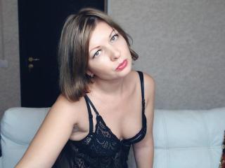 Webcam model AngelaRoberti from XLoveCam