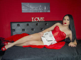 Webcam model InnaFontaine from XLoveCam