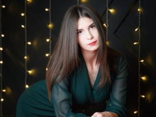 Webcam model ClaireLuck from XLoveCam