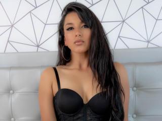 Webcam model Karolinexxx from XLoveCam