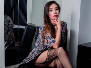 Webcam model MeganParkerr from XLoveCam