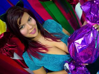 Webcam model AmeliaSky from XLoveCam