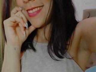 Webcam model NaughtyCiana from XLoveCam